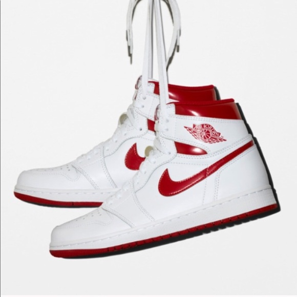 70fced44ba51 Retro 1985 Jordan 1s - Metallic Red   White
